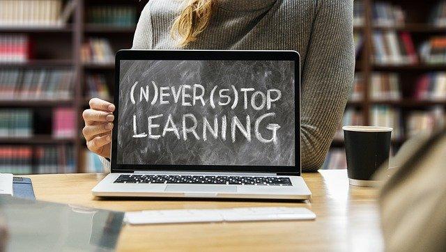 online vzdělání