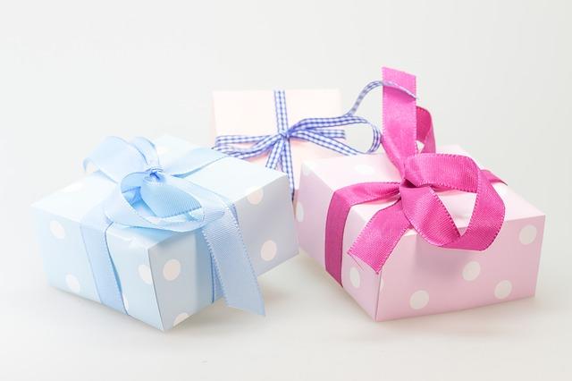 dárečky s mašličkou