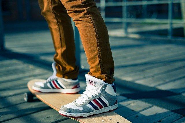 boty na skateboardu